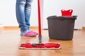 cleaning your laminate floors floorsave