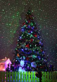 christmas tree laser lights light up your home and garden with 1byone laser light review
