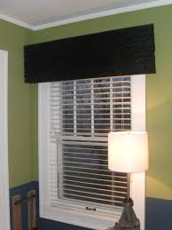 Modern Window Valance by 5 Modern Window Treatment Ideas For Privacy And Style Digsdigs
