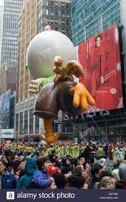chicken balloon at the 2005 macy s thanksgiving day parade