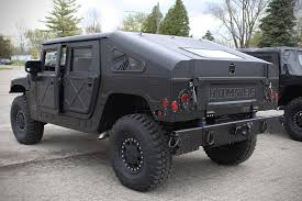 lamborghini humvee humvee c series has stealth black paint job is perfect for the