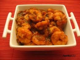 comment cuisiner les crevettes congel馥s recette de crevettes à la sauce tomate la recette facile