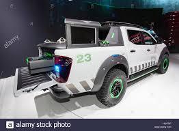 nissan pickup 4x4 new nissan navara enguard concept 4x4 pickup truck at the iaa 2016