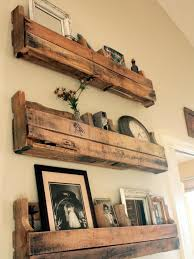 Floating Wood Shelves Diy by Best 25 Pallet Shelves Ideas On Pinterest Pallet Shelving