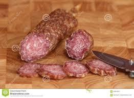 sp cialit allemande cuisine vieux salami de saucisse de spécialité allemande image stock image