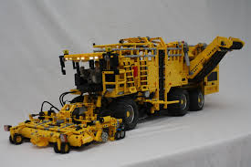 lego technic technic delicatessen selfpropelled sugarbeet harvester the lego
