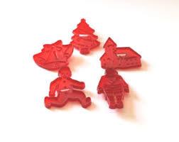 red tupperware hrm cookie cutters vintage plastic gingerbread