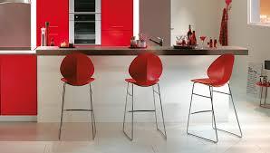 chaises color es chaises cuisine colorees une cuisine color e 7 id es pour apporter