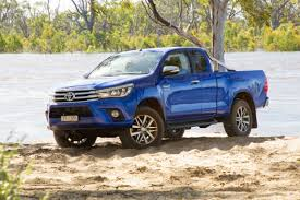 2017 toyota hilux extracab review practical motoring