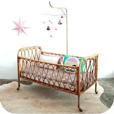 chambre vintage bebe lit bebe rotin vintage lit bebe capitonne lit bebe retro lit bebe
