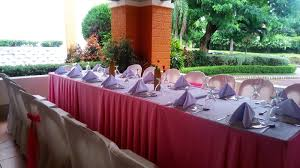 wedding receptions on a budget food affordable wedding catering with cheap price morgiabridal