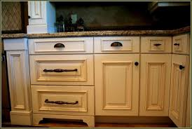 gorgeous 40 kitchen cabinets knobs and handles inspiration of bhg