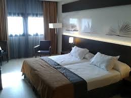 chambre lit jumeaux chambre moderne et lits jumeaux ds tout l hotel visiblement