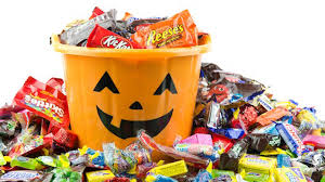 halloween candy meme what 100 calories of your favorite halloween candy actually looks