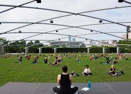 11 outdoor yoga classes in chicago this summer