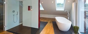 desain kamar mandi transparan 25 desain kamar mandi shower menawan untuk rumah kecil