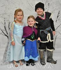 frozen costumes how to be a frozen geekdad