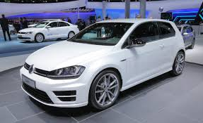 volkswagen cars 2015 2015 volkswagen golf r information and photos zombiedrive
