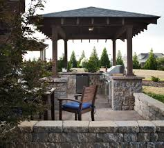 outdoor kitchen designs guide 15 recommended features install