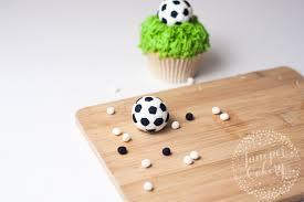 how to make an easy fondant soccer ball topper
