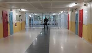 chambre d isolement en psychiatrie uhsa de lyon la psychiatrie sans urgences rebellyon info