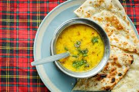 cuisine indienne naan soupe à lentille et naan cuisine indienne photo stock image du