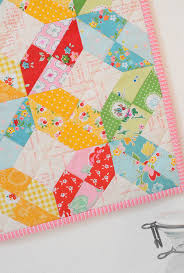 monthly mini quilt for may u2014 sewcanshe free sewing patterns for