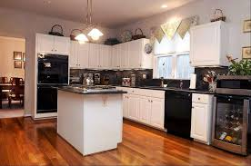 Kitchen Cabinets Black And White How To Finishing Antique White Kitchen Cabinets Home Design Ideas