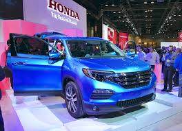 suv honda pilot 2016 honda pilot first look from the 2015 chicago auto show video