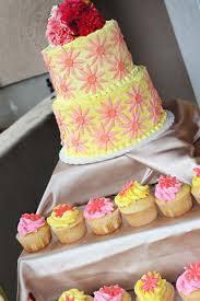 modele tort tort nunta modele galben si roz