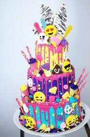 8 emoji birthday cakes or cupcakes for photo emoji birthday