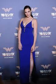 dress gal woman gal gadot s carpet style vogue
