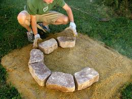 How To Make Firepit by How To Make A Small Fire Pit Fire Pit Design Ideas