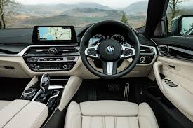 bmw 5 series dashboard bmw 5 series saloon review 2017 parkers