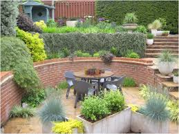 Small Sloped Garden Design Ideas Backyard Low Maintenance Backyard Ideas Mind Blowing Sloped