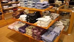 le bureau la garde vêtements pour bureau les hommes plus acheteurs que les femmes