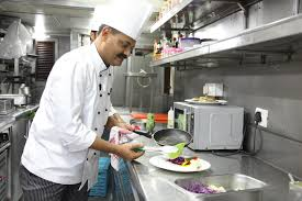 maharaja express train enjoy lip smacking and delectable cuisines on board maharajas