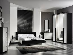 Black And White Bedroom Furniture Sets Black And White Bedroom - White high gloss bedroom furniture set