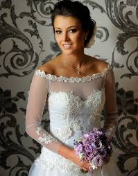 hire wedding dress save money on wedding dresses without sacrificing style simple