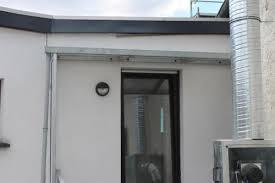seitenschutz balkon vordach mit seitenschutz haustüre gartenhaus balkon uvm in