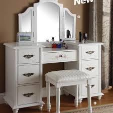 Bedroom Dresser With Mirror by Vanity Set With Mirror Ideas Doherty House Vanity Set With