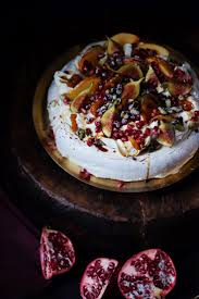 best 25 christmas pavlova ideas on pinterest christmas fruit
