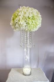 How To Make A Flower Centerpiece Arrangements by Best 25 Hanging Centerpiece Ideas On Pinterest Hanging Flowers
