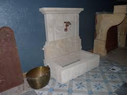 fontaine en pierre naturelle fontaine ancienne murale bca matériaux anciens