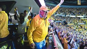 lexus lounge nashville predators smash hit chairman and co owner tom cigarran says the preds are