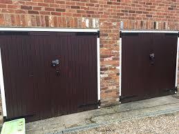 Richard Wilcox Barn Door Hardware by Secure Barn Door U0026 Secure Plywood Strips To A Plain Door And Paint