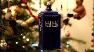 bbc doctor who tardis christmas tree decoration glass bauble