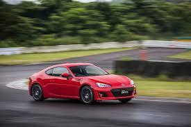 sport subaru brz first drive 2017 subaru brz automobile magazine