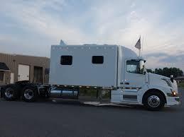 2018 volvo semi truck 2018 volvo vnl with 144 inch ari legacy ii rb sleeper 1602