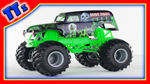 grave digger monster truck videos youtube grave digger monster truck toy diecast monster jam youtube